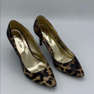 1.4.3 Girl Leopard Print Heel Pumps